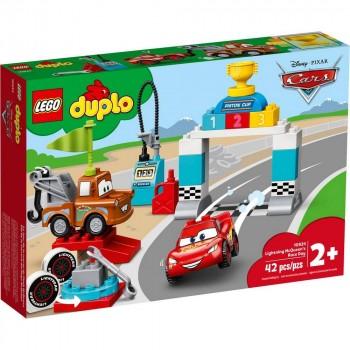 Конструктор LEGO DUPLO День гонки Молнии Мак-Квина 10924