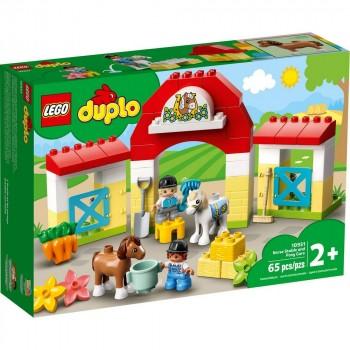 Конструктор LEGO DUPLO Конюшня и уход за пони 10951