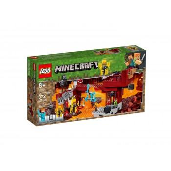 Конструктор LEGO Minecraft Пылающий мост 21154