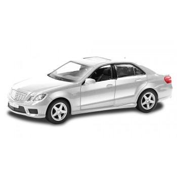 Mersedes Benz E63 AMG (554999)